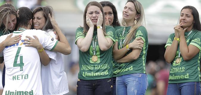Chapecoense kaza sonrası ilk maçına çıktı
