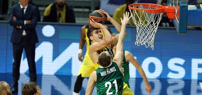 Fenerbahçe Zalgris Kaunas engelini kolay geçti; 82-68