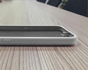 iPhone 7'ye kulaklık girişi ekleyen kılıf