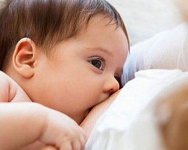 Uzun süre emen bebeklerde daha az görülüyor!