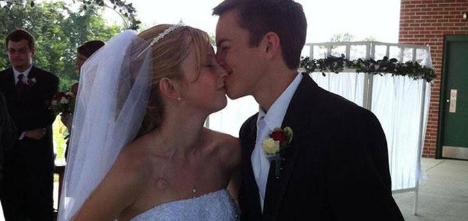 Yeni evli çift 5 gün arayla aynı hastalıktan öldü!