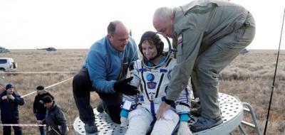 3 astronot daha dünyaya indi