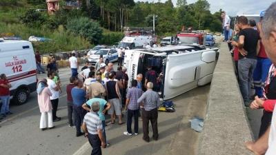Trabzon Vakfıkebir'de Trafik Kazası 2 Ölü, 12 Yaralı