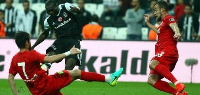 Vodafone Arena'da keyifli gece: Beşiktaş 3-0 Antalyaspor