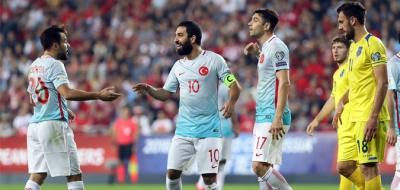 Yıldızlar döndü Türkiye ilk galibiyetini Kosova'dan aldı